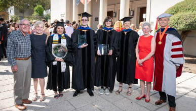Occidental faculty were honored at the College's 2019 Convocation cerem上y.